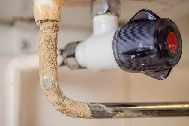 What to Do About Calcium Buildup in Your Plumbing System